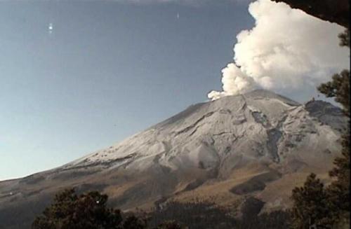 Popocatépetl desde cerca erupcion