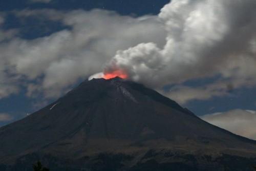 erupcion del volcan Popocatépetl